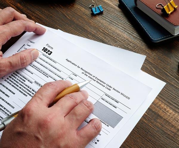 Exención de Impuestos Federales y Estatales